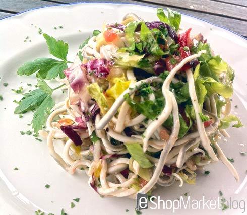 Menú de recetas: ensalada de gulas y cebolleta