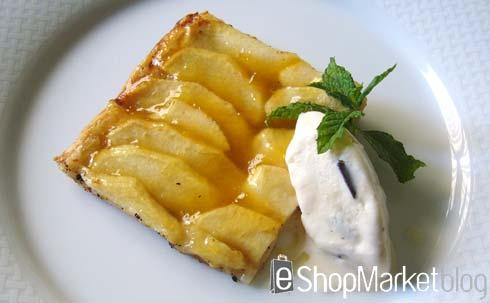Torta fina de manzana con helado de vainilla, menú de recetas