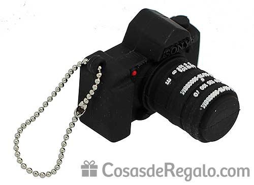 Pendrive USB con forma de cámara de fotos, un regalo muy fotográfico