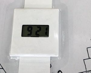 Reloj con aspecto de papel