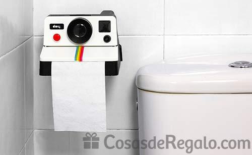 Portarollos para el papel higiénico Polaroll: con aspecto de cámara retro