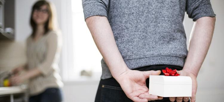 Sorprende por el amigo invisible: pack de regalos para las más coquetas