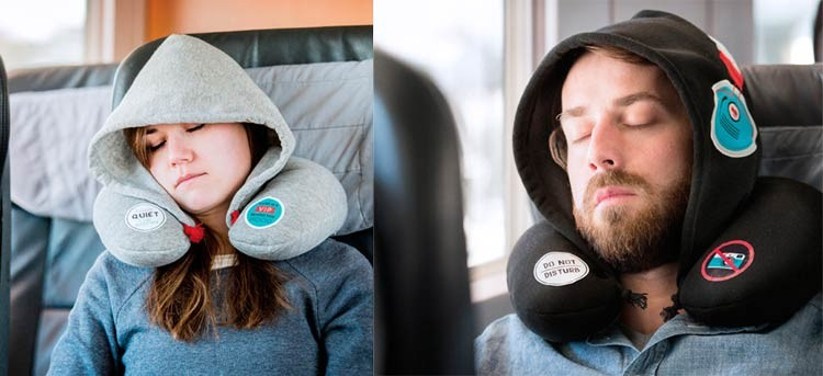 Viaja descansado con la almohada de viaje con capucha