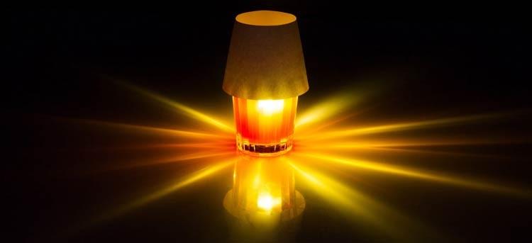 Decora tu mesa de Navidad con luces flotantes